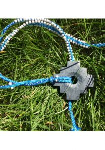Chakana aan ketting blauw1